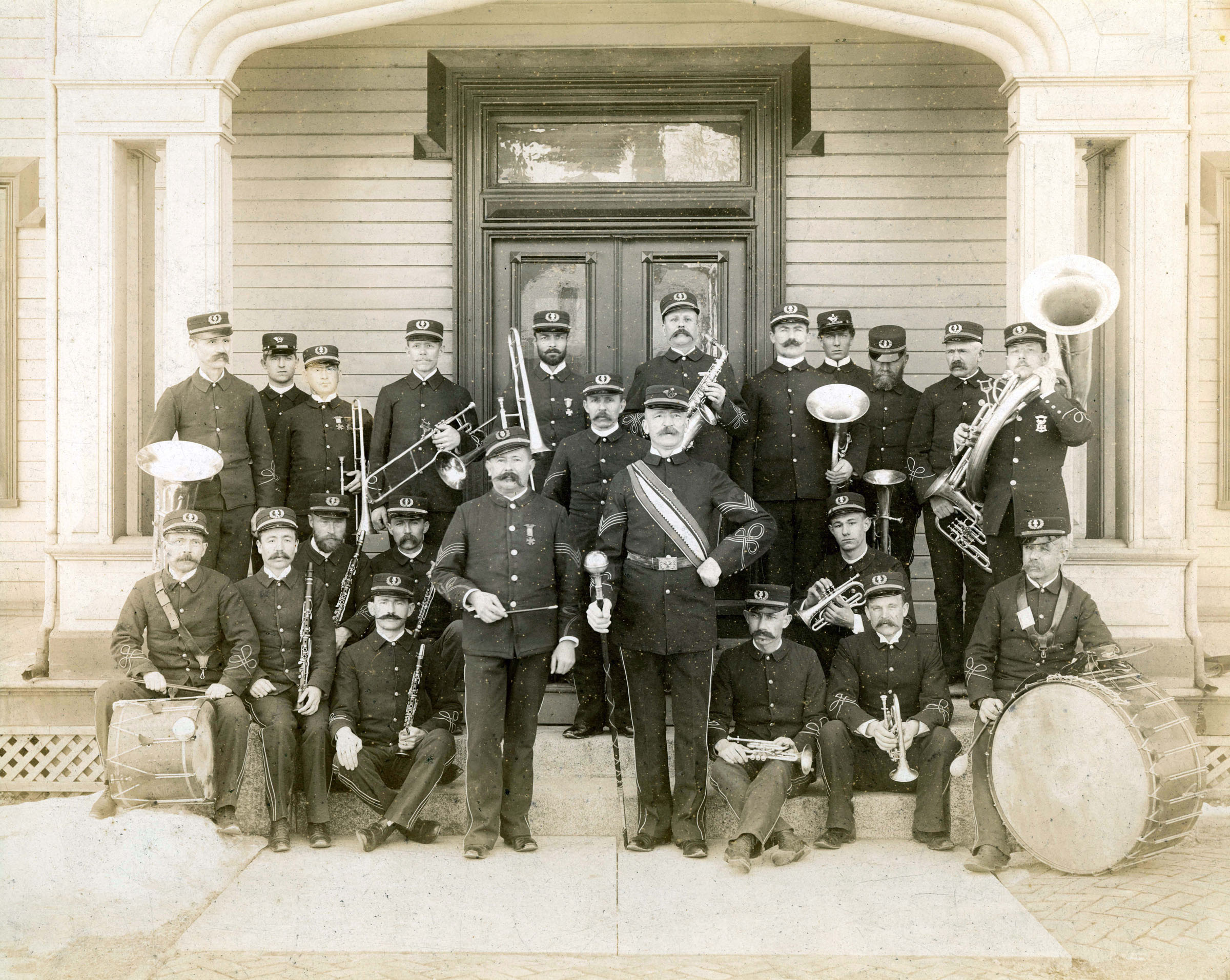 Engineer band on steps of officers mess at Willets Point