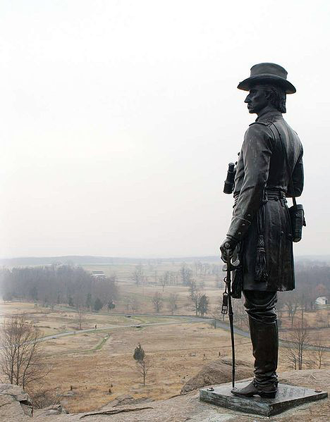 Statue of Gouverneur Warren at Gettysburg Battlefield